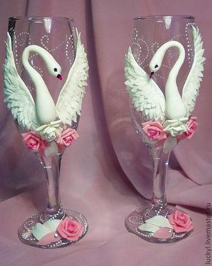 Объемный декор для свадебных бокалов