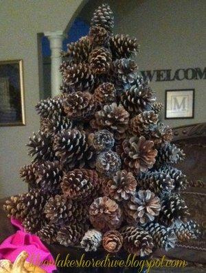 podelka_shishek Новогодняя елка из шишек своими руками (4 варианта)