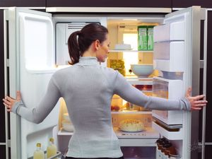Устранение запаха в холодильнике